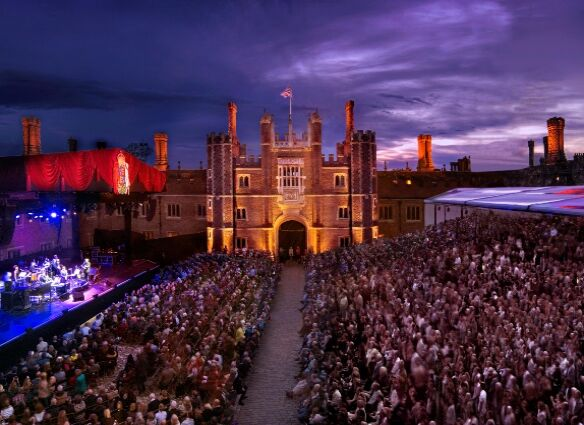 Lionel Richie and Rick Astley to appear at Hampton Court Palace Festival