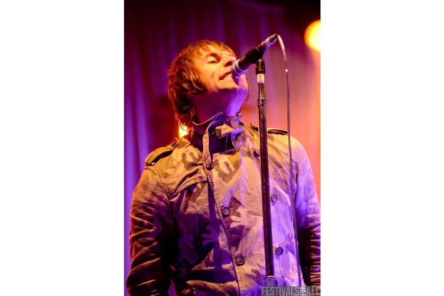 Beady Eye at Leeds Festival 2011