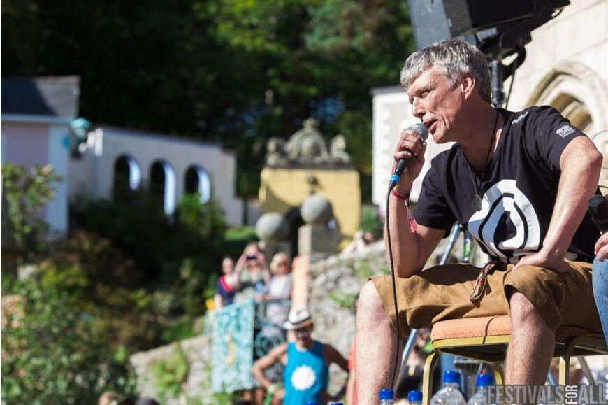 Bez at Festival No 6 2014