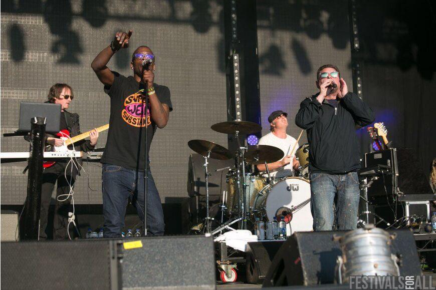 Black Grape at Festival No 6