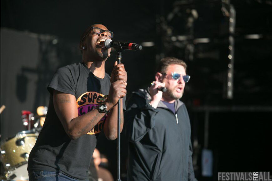 Black Grape at Festival No 6