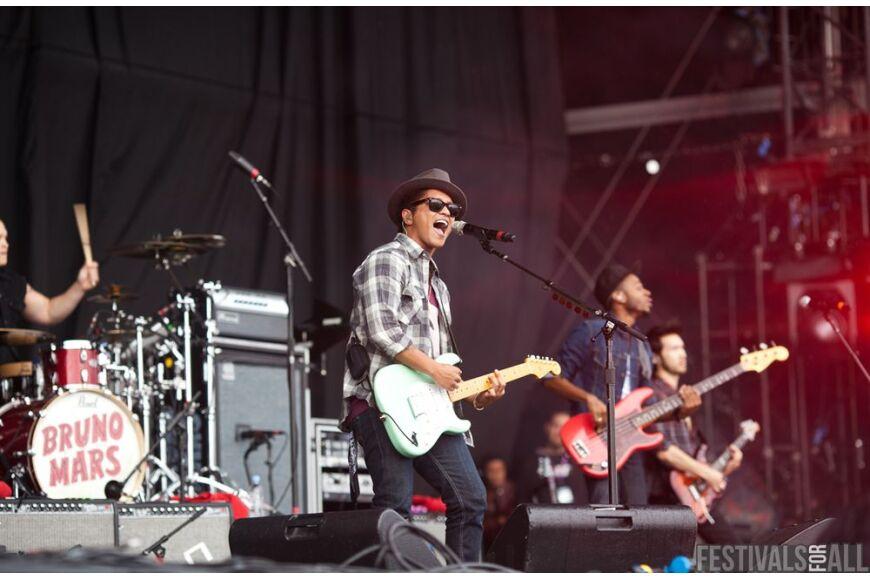 Bruno Mars at V Festival 2011