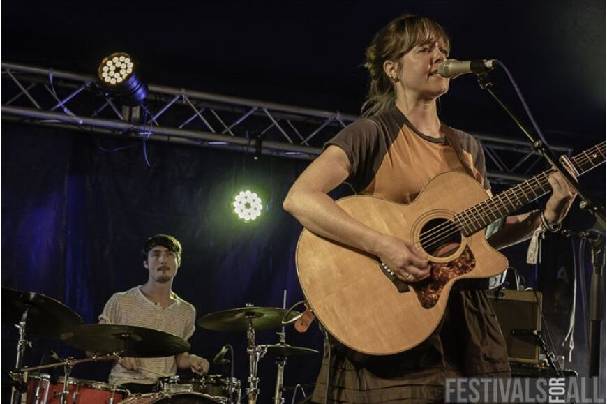 Emily Barker & The Red Clay Halo @2000trees