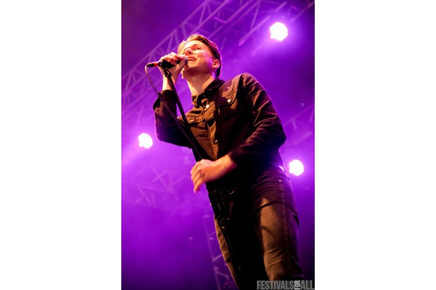 Frankie & The Heartstrings Live At Leeds Festival 2011