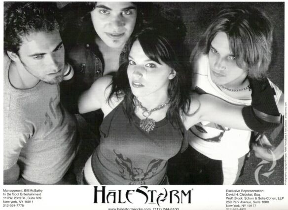 halestorm 8x10 promotional photo - 08