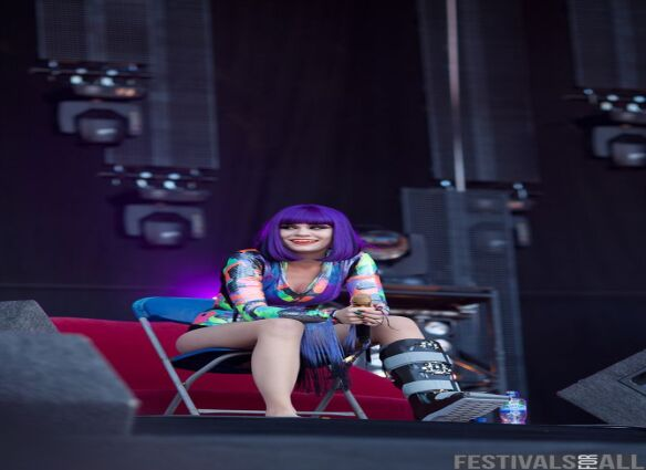 Jessie J at V Festival