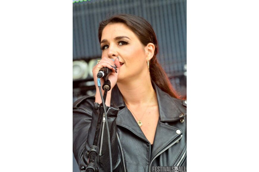 Jessie Ware at Evolution 2012