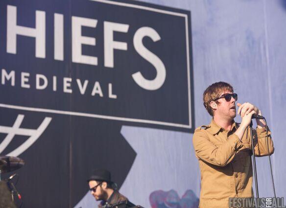 Kaiser Chiefs at V Festival