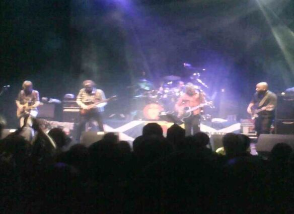 Live In Dunfermline (2 Jan 2011) [My Pic]