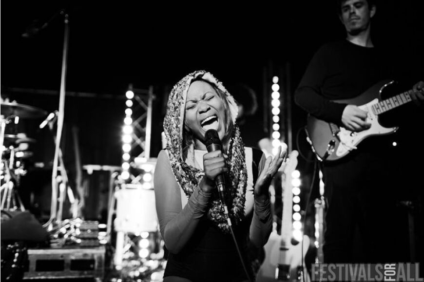 Lulu James at LeeFest 2013