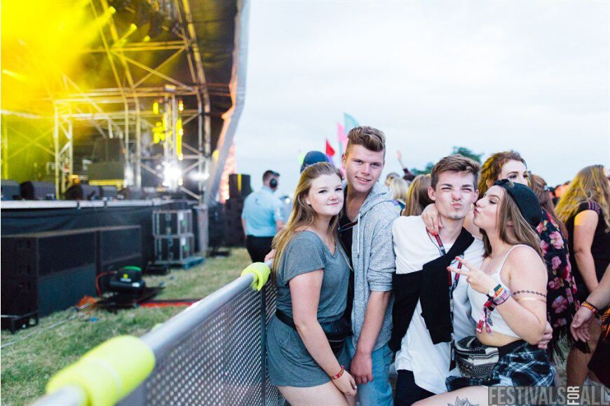 More People at Brownstock