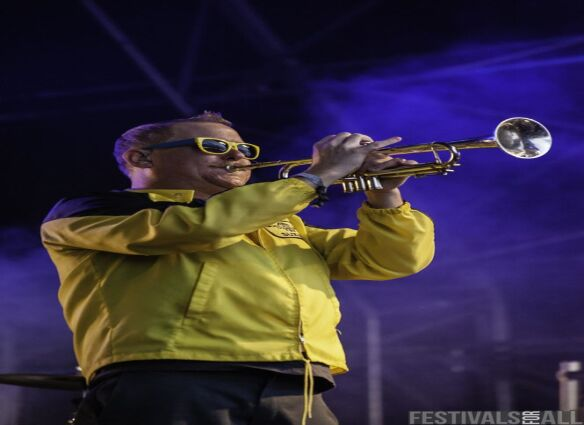 Reel Big Fish at Hevy Fest 2014