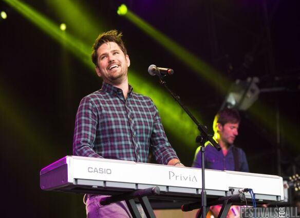 Scouting For Girls at Cornbury Festival 2014
