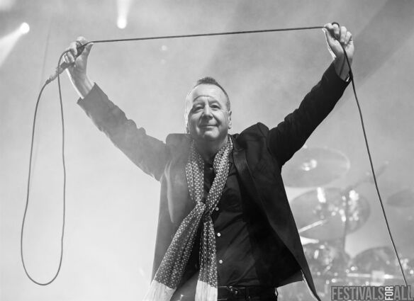 Simple Minds @ Cornbury 2014