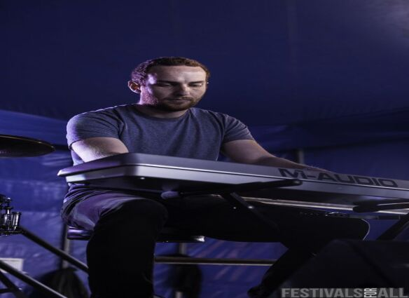 The Alarmist at ArcTanGent Festival 2014