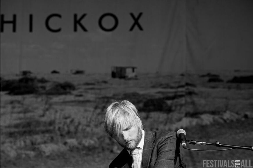 Tom Hickox at Festival No 6 2014